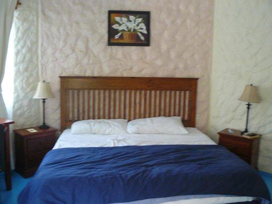 Hotel el Moro: Habitación-cama extragrande