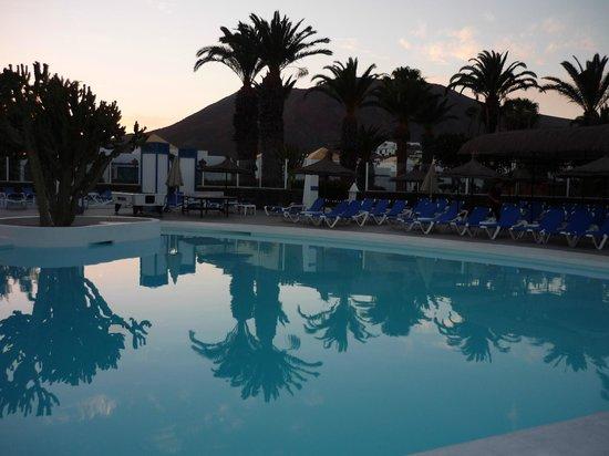 Marconfort Atlantic Gardens Bungalows : Pool