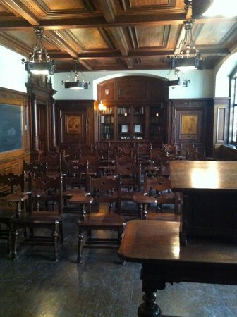 The Nationality Rooms: Room