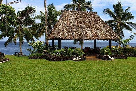 Paradise Taveuni: Romantic dining bure