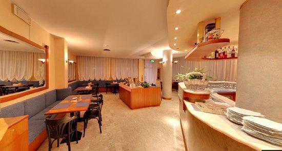 Hotel Rosa: SALA COLAZIONE / BAR