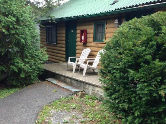 The Lodges at Blue Water Manor: Log cabin