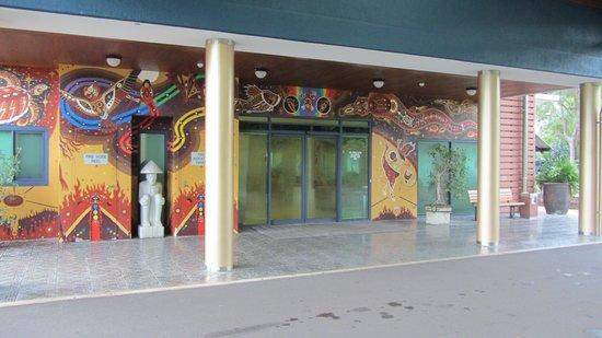 Novotel Darwin Airport : front2