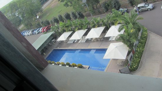 Novotel Darwin Airport : pool view from my room