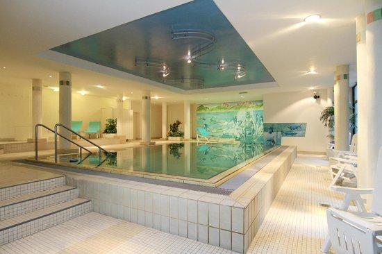 AMBER RESIDENZ Bavaria: Pool