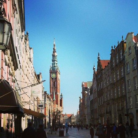 Dluga Street (ul. Dluga): Day view