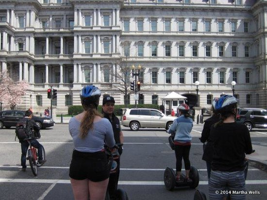 City Segway Tours DC : Kyle sharing his knowledge with us