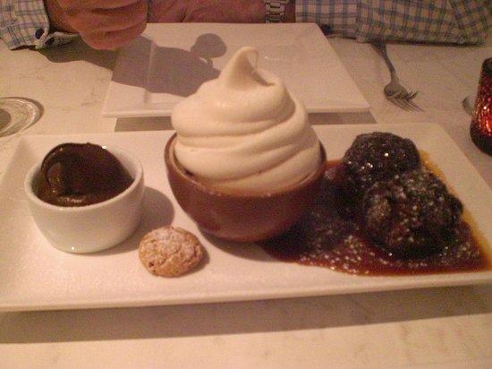 The Grove Bistro: Puddings!