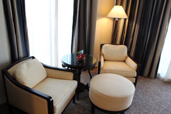 Beach Rotana: large bed room