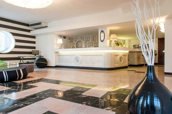 Hotel Luxor : Reception