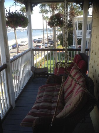 Bayfront Marin House Historic Inn: Room 2 private balcony with swing and glider. Perfect place for a quiet morning or evening