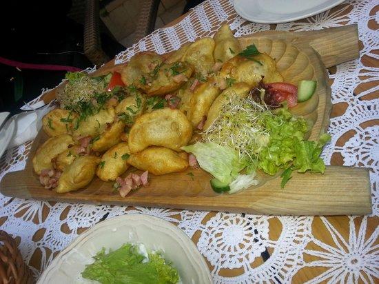 Miod Malina: Oven-baked meat dumplings :)