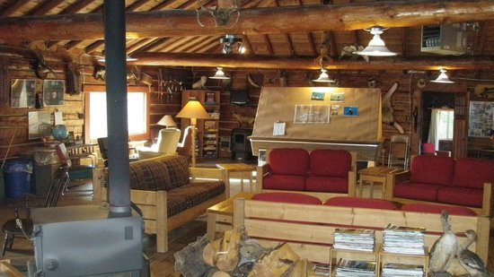 Fireside Lodge: main lodge, very clean and cool rustic