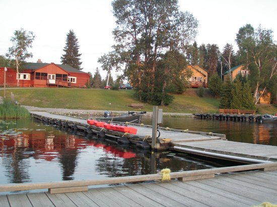 Fireside Lodge: from the docks looking in, boats were excellent and ran perfect !