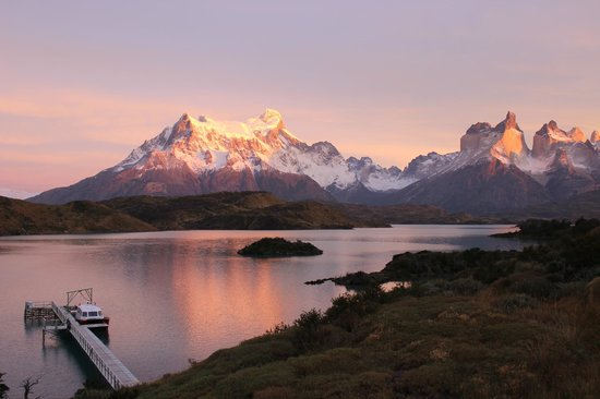 Explora Patagonia - All Inclusive : Early morning from the hotel