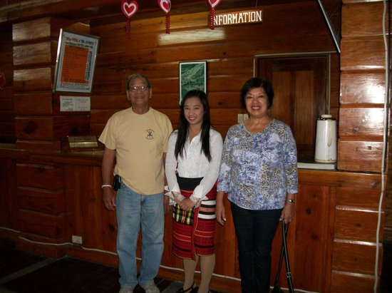 Banaue Hotel and Youth Hostel : Front desk friendly staff from Mankayan