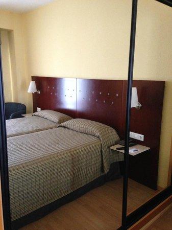 NH Castellón Turcosa: camas