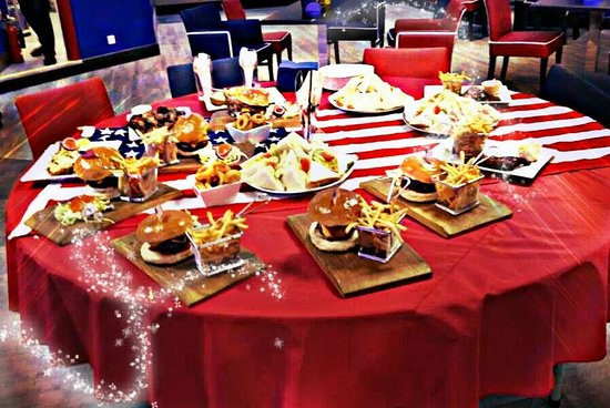 Skegness Bowl: Delicious New Burger s with Chips and lots of other American Food