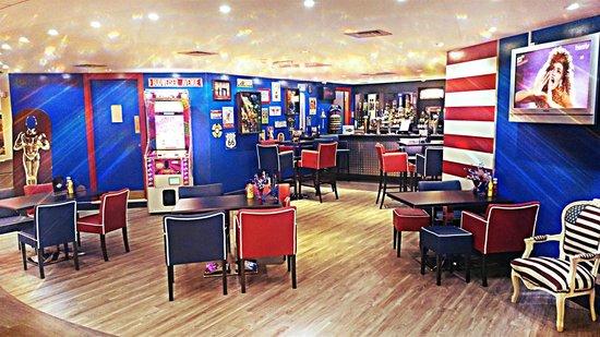 Skegness Bowl: All New Hollywood Bar