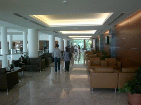 Pine Bay Holiday Resort : Lobi
