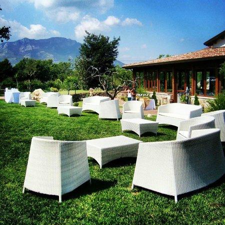 Agristor Country House Borgo Patierno : I giardini del Borgo