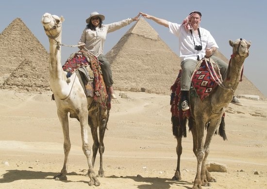 Cairo-Overnight Tours : Our Camel ride was arranged through the tour company