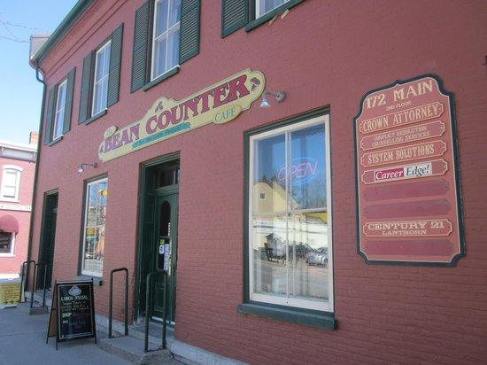 The Bean Counter Cafe: The bean counter exterior