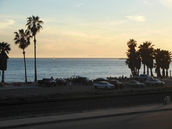 Best Western Plus Dana Point Inn-By-The-Sea: View of beach from patio