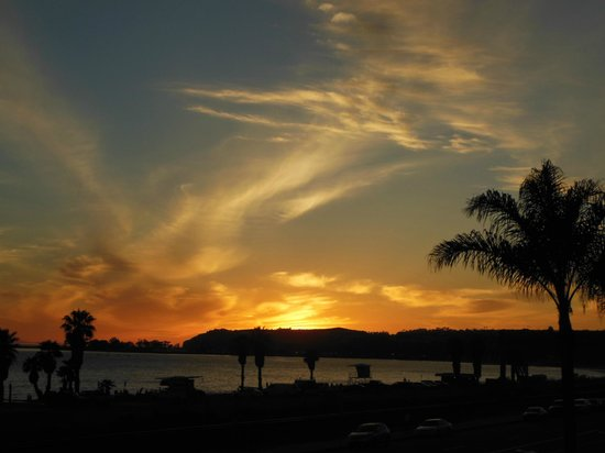 Best Western Plus Dana Point Inn-By-The-Sea: Sunset over Dana Point