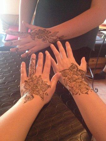 Henna cafe : Henna designs