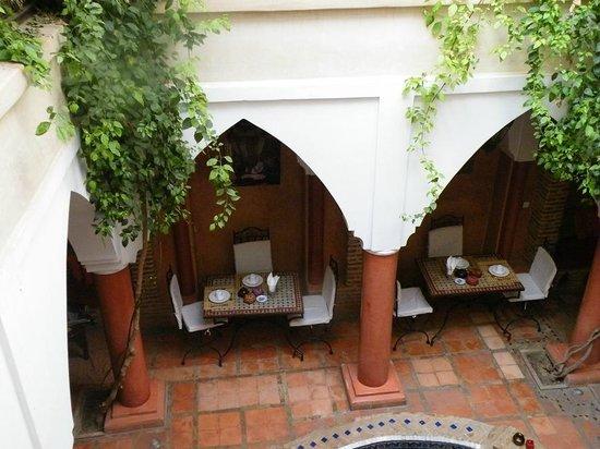 Riad Plein Sud : petits déjeuners dans le patio