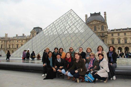 Awesome Guide Tours: No Museu do Louvre