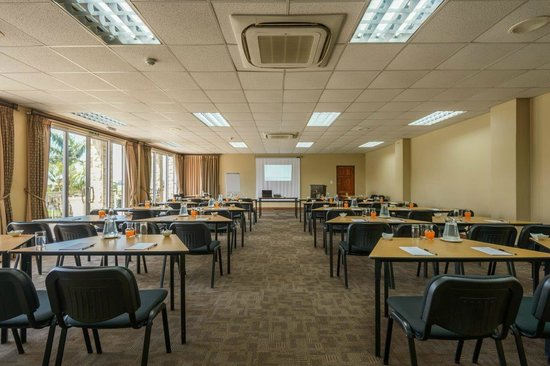 Umthunzi Hotel & Conference: Schoolroom style conference layout
