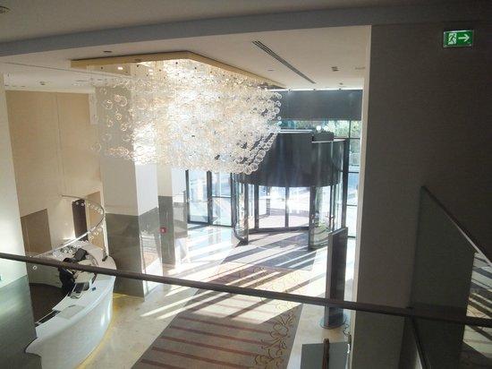 Hilton Vienna Danube Waterfront: entrance