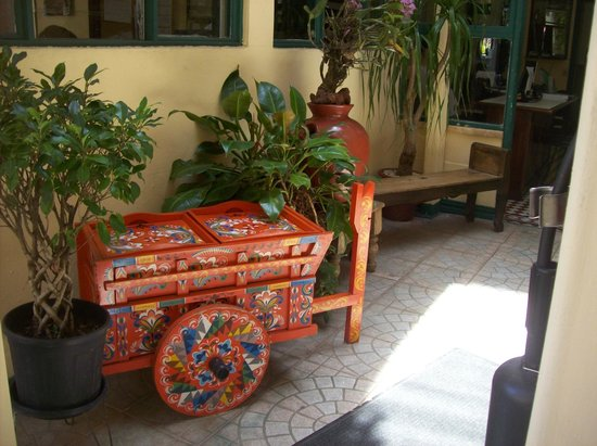 Intercultura Language School and Cultural Center: Traditional oxcart