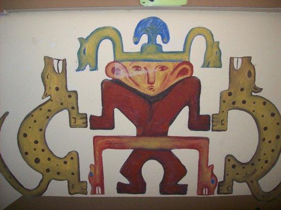 Intercultura Language School and Cultural Center: Artwork on the walls