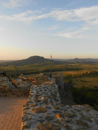 Szigliget Castle: вид на Бадачонь
