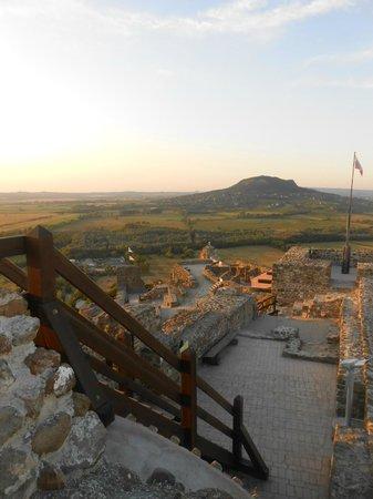 Szigliget Castle: спуск