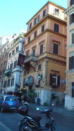 Nuovo Hotel Quattro Fontane: hotel