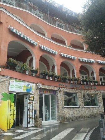 Hotel Savoia: frente del hotel