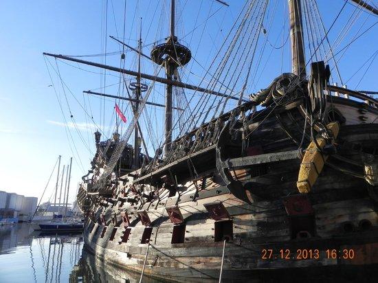 Old Port (Porto Antico) : Galion Neptune bis