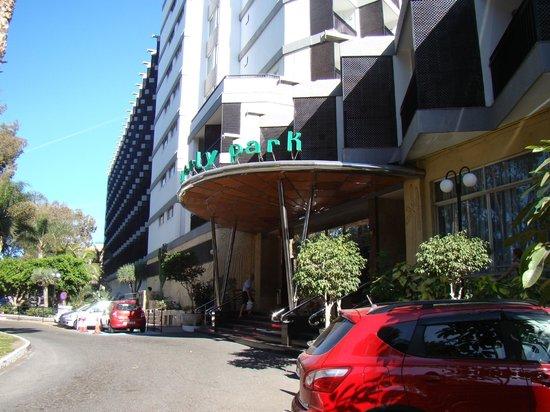 Beverly Park Hotel : holel