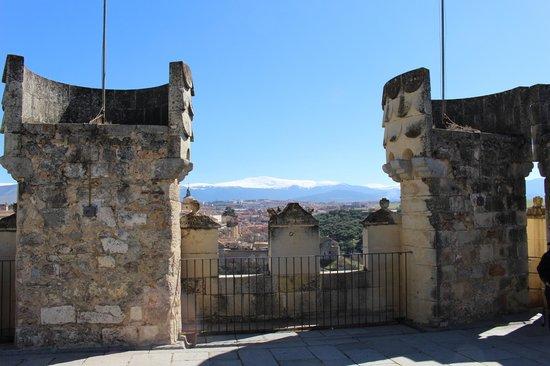 Alcazar de Segovia: View from the top!