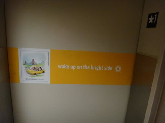 La Quinta Inn & Suites Miami Airport East : Wake up on the Bright Side!