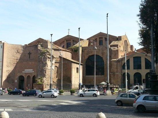 Basilica di Santa Maria degli Angeli e dei Martiri: basilica von michelangelo