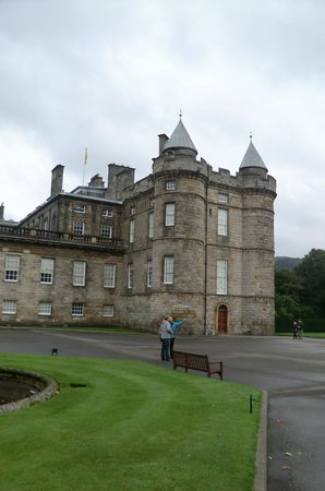Palace of Holyroodhouse: жилая башня дворца