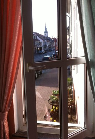 Cappuccino: View on Elze Mainstreet from Hotel Cappucino's dining room
