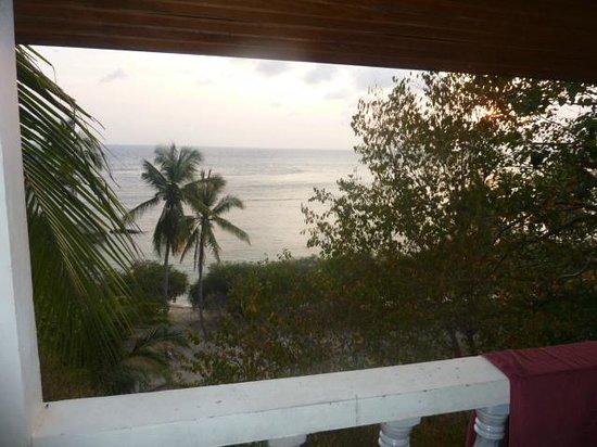Taatoh Resort & Freedom Beach Resort: vue d'un bungalow
