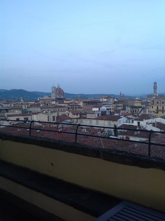 Palazzo Magnani Feroni : Magnificent view from the rooftop