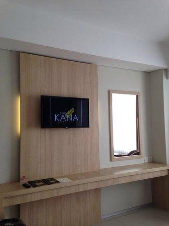 The Kana Kuta : LCD TV
